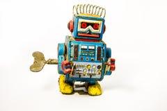 Παλαιός σκουριασμένος στο παιχνίδι ρομπότ Στοκ Εικόνες