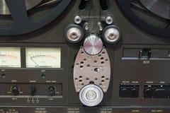 Παλαιός στενός επάνω μαγνητοφώνων ταινιών Στοκ εικόνα με δικαίωμα ελεύθερης χρήσης