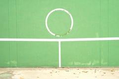 Παλαιός τοίχος πρακτικής αντισφαίρισης Στοκ φωτογραφία με δικαίωμα ελεύθερης χρήσης