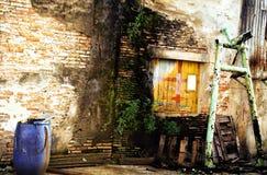 Παλαιός τοίχος σπιτιών Στοκ Φωτογραφία