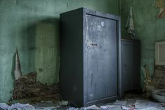 Παλαιός υπόγειος θάλαμος στοκ εικόνες με δικαίωμα ελεύθερης χρήσης