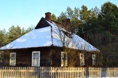 παλαιός χειμώνας σπιτιών Στοκ εικόνες με δικαίωμα ελεύθερης χρήσης