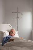 Παλαιότερος ασθενής σε μια σταλαγματιά στοκ εικόνα με δικαίωμα ελεύθερης χρήσης