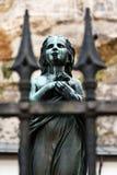 παλαιό άγαλμα θρησκείας madonna ανασκόπησης Στοκ Εικόνα