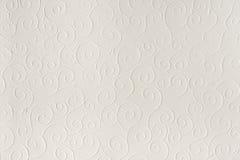 Παλαιό άσπρο, μπεζ υπόβαθρο σύστασης φύλλων εγγράφου Κοχύλια, κύματα, κύκλοι, αποτυπωμένο σε ανάγλυφο μορφές σχέδιο Στοκ Φωτογραφία