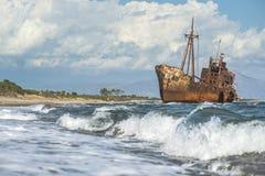 Παλαιό αγροτικό μεγάλο σκάφος Στοκ εικόνες με δικαίωμα ελεύθερης χρήσης
