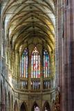 Παλαιό αναδρομικό υπόβαθρο εκκλησιών churchold αναδρομικό στο γοτθικό ύφος Στοκ Φωτογραφία