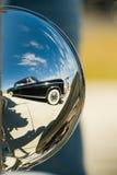 Παλαιά αντανάκλαση αυτοκινήτων Στοκ Φωτογραφία
