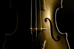 Παλαιό βιολί σε ένα εργαστήριο Στοκ Εικόνες