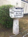 Παλαιό γαλλικό οδικό σημάδι Στοκ Φωτογραφίες