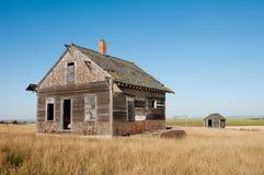 Παλαιό εγκαταλειμμένο αγροτικό σπίτι Στοκ Εικόνες