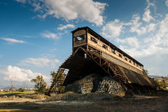 Παλαιό εγκαταλειμμένο κτήριο μεταλλείας Στοκ Φωτογραφίες