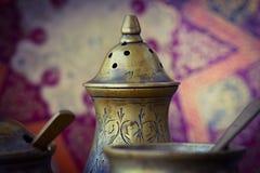Παλαιό εκλεκτής ποιότητας επιτραπέζιο σκεύος από το χαλκό Στοκ Φωτογραφίες