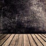 Παλαιό εκλεκτής ποιότητας καφετί ξύλινο tabletop επιτροπής με το μαύρο αφηρημένο χρώμα Στοκ εικόνες με δικαίωμα ελεύθερης χρήσης