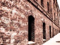 Παλαιό εκλεκτής ποιότητας κτήριο τούβλου Στοκ εικόνα με δικαίωμα ελεύθερης χρήσης