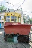 Παλαιό εκλεκτής ποιότητας τραμ για την αφαίρεση χιονιού στο γκαράζ στην αποθήκη σε Lviv Στοκ Φωτογραφίες