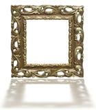 Παλαιό εκλεκτής ποιότητας χρυσό πλαίσιο εικόνων που απομονώνεται στο λευκό Στοκ φωτογραφία με δικαίωμα ελεύθερης χρήσης
