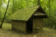 Παλαιό εξοχικό σπίτι, παλαιό ξύλινο σπίτι Στοκ Εικόνες