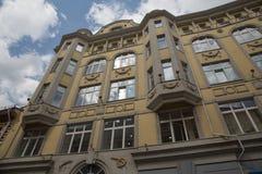 Παλαιό εξωτερικό τοίχων μοντερνισμού κτηρίου ρωσικό architectute Στοκ Εικόνα