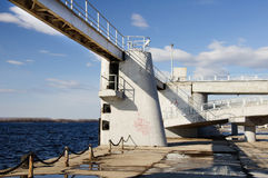Παλαιό λιμάνι έπειτα ο ποταμός Βόλγας σπουδαίου Ρώσου Στοκ Εικόνες