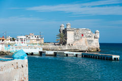 Παλαιό ισπανικό οχυρό στην πόλη Cojimar στην Κούβα Στοκ φωτογραφία με δικαίωμα ελεύθερης χρήσης