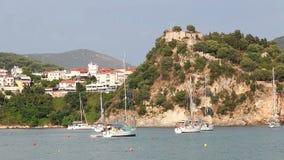 Παλαιό κάστρο στο λόφο Πάργα απόθεμα βίντεο