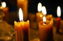 Παλαιό κάψιμο κεριών στοκ εικόνα