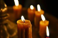 Παλαιό κάψιμο κεριών στοκ φωτογραφία