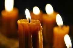 Παλαιό κάψιμο κεριών στοκ φωτογραφίες