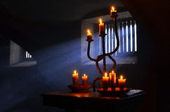 Παλαιό κάψιμο κεριών στοκ φωτογραφία με δικαίωμα ελεύθερης χρήσης