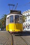 Παλαιό κίτρινο τραμ της Λισσαβώνας Στοκ Φωτογραφία