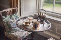 παλαιό καθορισμένο τσάι Στοκ φωτογραφία με δικαίωμα ελεύθερης χρήσης