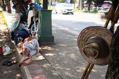 Παλαιό καπέλο από την οδική πλευρά Στοκ εικόνες με δικαίωμα ελεύθερης χρήσης
