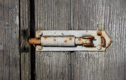 Παλαιό κατασκευασμένο ξύλινο και βρώμικο μπουλόνι Στοκ Εικόνα