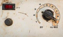 παλαιό κουμπί πινάκων ελέγχου Στοκ φωτογραφίες με δικαίωμα ελεύθερης χρήσης