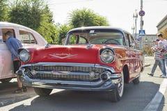 Παλαιό κόκκινο Chevrolet στην έκθεση των εκλεκτής ποιότητας αυτοκινήτων Στοκ φωτογραφία με δικαίωμα ελεύθερης χρήσης