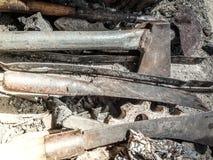 Παλαιό μαχαίρι κουζινών με μια κουτάλα Στοκ Φωτογραφίες