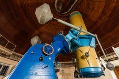 Παλαιό μεγάλο οπτικό τηλεσκόπιο τροπαίων Στοκ Φωτογραφίες