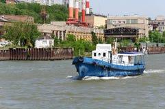 Παλαιό μικρό σκάφος Στοκ φωτογραφίες με δικαίωμα ελεύθερης χρήσης