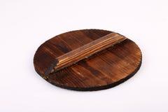 Παλαιό ξύλινο καπάκι που απομονώνεται στο άσπρο υπόβαθρο Στοκ εικόνες με δικαίωμα ελεύθερης χρήσης