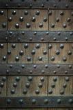 Παλαιό ξύλινο υπόβαθρο με τα καρφιά μετάλλων Στοκ φωτογραφίες με δικαίωμα ελεύθερης χρήσης