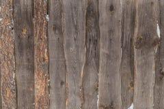Παλαιό ξύλινο υπόβαθρο στην οδό το χειμώνα Στοκ φωτογραφίες με δικαίωμα ελεύθερης χρήσης