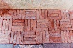 Παλαιό πάτωμα τούβλου Στοκ Φωτογραφίες