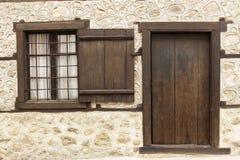 παλαιό παράθυρο πορτών Στοκ Φωτογραφία