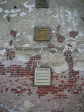 παλαιό παράθυρο τοίχων Στοκ φωτογραφία με δικαίωμα ελεύθερης χρήσης