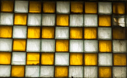 Παλαιό παράθυρο των τετραγωνικών κεραμιδιών Στοκ Φωτογραφίες