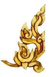 Παλαιό παλαιό χρυσό πλαισίων ξύλινο σχέδιο ύφους πορτών ταϊλανδικό που απομονώνεται Στοκ Εικόνες