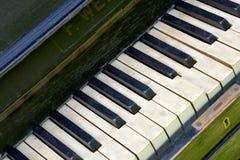 Παλαιό πιάνο κλειδιών Στοκ φωτογραφίες με δικαίωμα ελεύθερης χρήσης