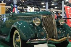 Παλαιό πράσινο cabrio Στοκ Φωτογραφίες