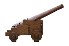 Παλαιό πυροβόλο που απομονώνεται στο άσπρο υπόβαθρο Στοκ φωτογραφία με δικαίωμα ελεύθερης χρήσης